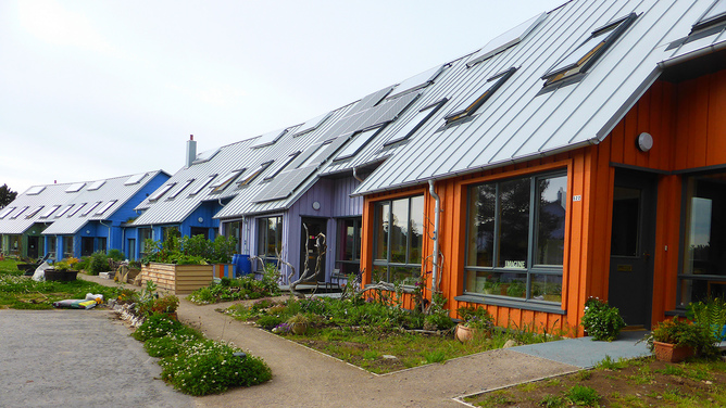 Findhorn Ecovillage in Scotland.  Irenicrhonda/Flickr ,  CC BY-NC-ND