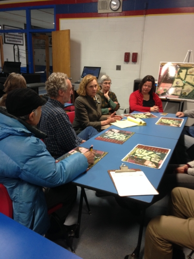 Susan Jennings discusses the Agraria Bicycle Trail with community members.