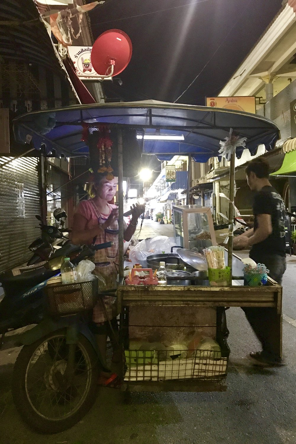 Street food scooter with full kitchen