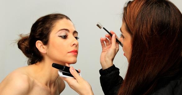 become a professional makeup artist.jpeg