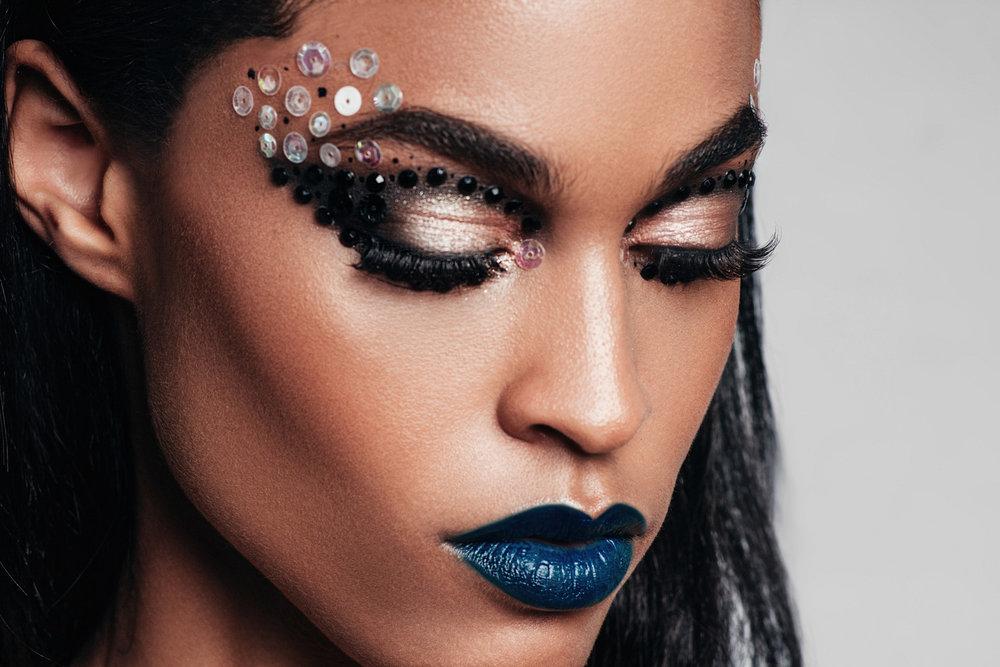 paulina-pecak-OMA-makeup-artist-educator_12.jpg