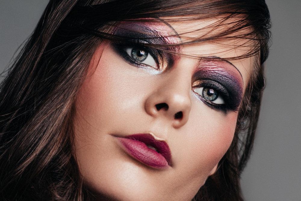 paulina-pecak-OMA-makeup-artist-educator_18.jpg