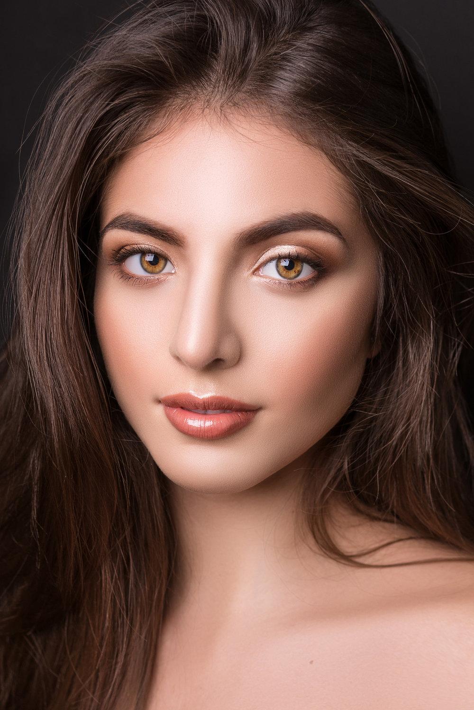 paulina-pecak-OMA-makeup-artist-educator_DSC5522.jpg