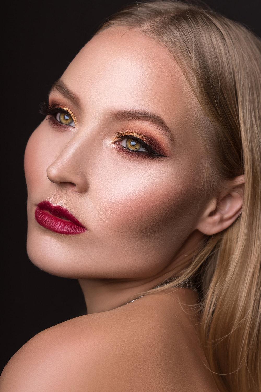 paulina-pecak-OMA-makeup-artist-educator_DSC5849.jpg