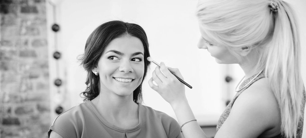 Setting Your Rates as a Freelance Makeup Artist For those of you who really like the idea of being your own boss and thus making all of the decisions ...