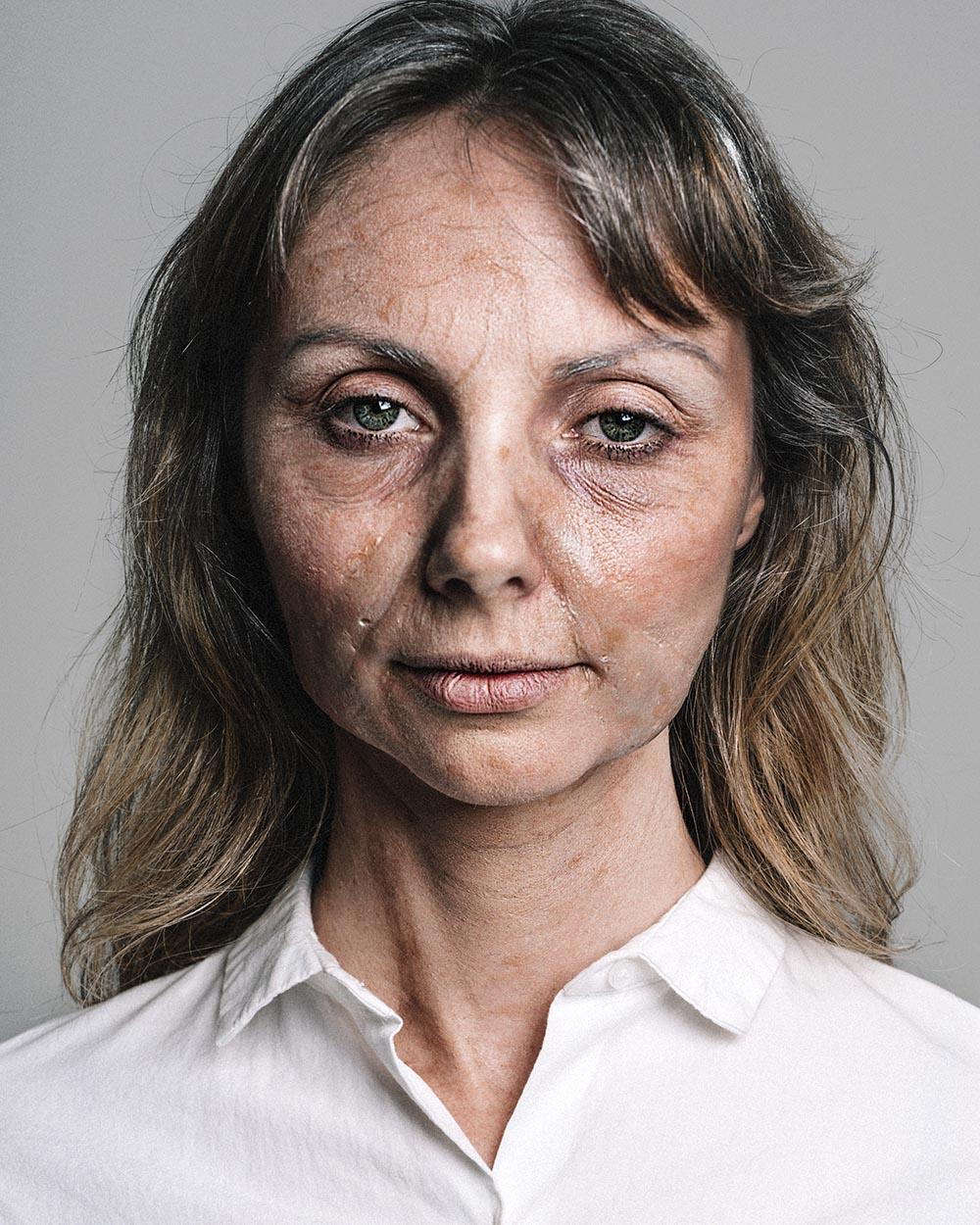 online-makeup-courses-SFX-08.jpg