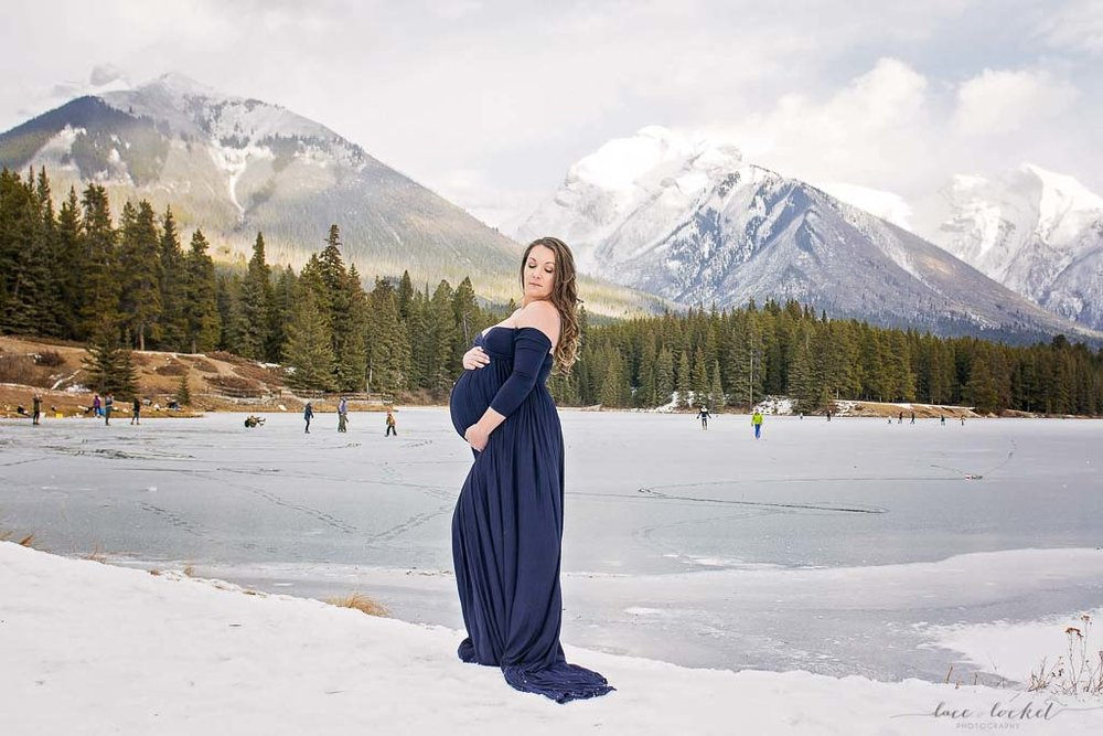 airdrie maternity photographer lace-and-locket-photo--28.jpg