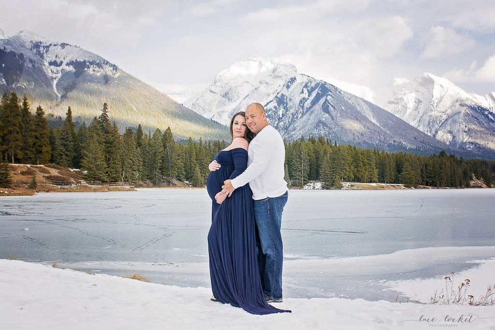 airdrie maternity photographer lace-and-locket-photo--36.jpg