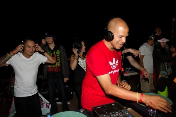 DJ AmRo Camp SpinOff