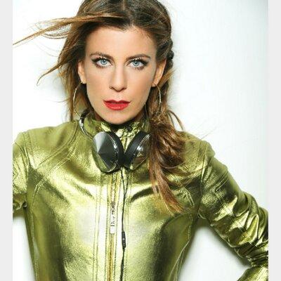 Michelle Pesce DJ Emmys Grammy's