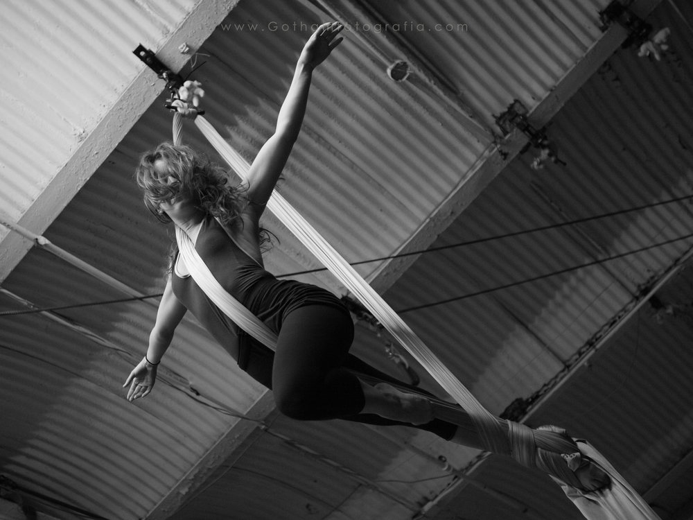 Katherine Gorsuch aerial Silks at the Muse,  Brooklyn