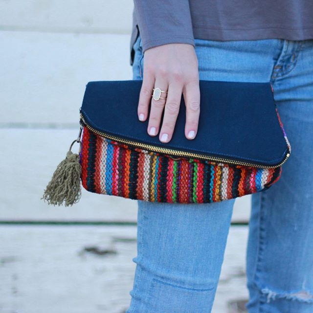 Here's another Sneak Peek!  This convertible clutch easily transitions from crossbody to shoulder bag to clutch with its removable and adjustable strap.  Every version of our new bags that will be launched when our new site launches come in a selection of bright colors and black and whites!  #bags #purse #purselover #shabbyalpaca #crossbody #convertibleclutch #convertiblebag #purses #shabby #madeinperu #oneofakind #bagcollector #handmade #beyou #shabbygirls