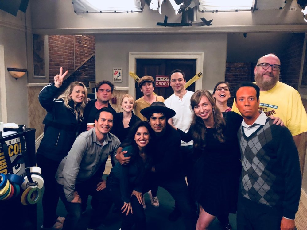 The 'Big Bang Theory' cast picture before curtain call for live studio audience