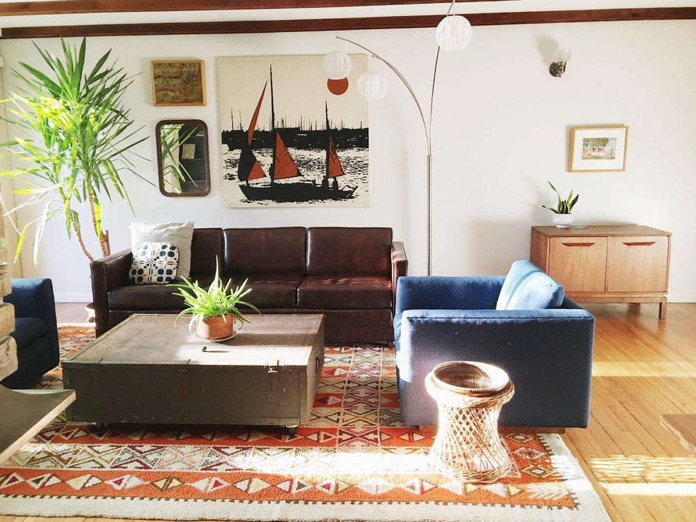 orangeruglivingroom