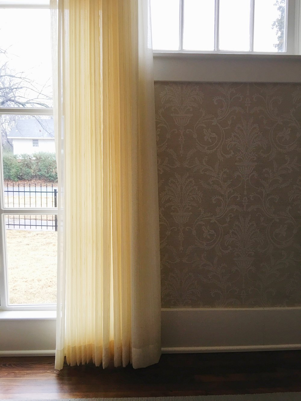 sharpe-house-wallpaper-window