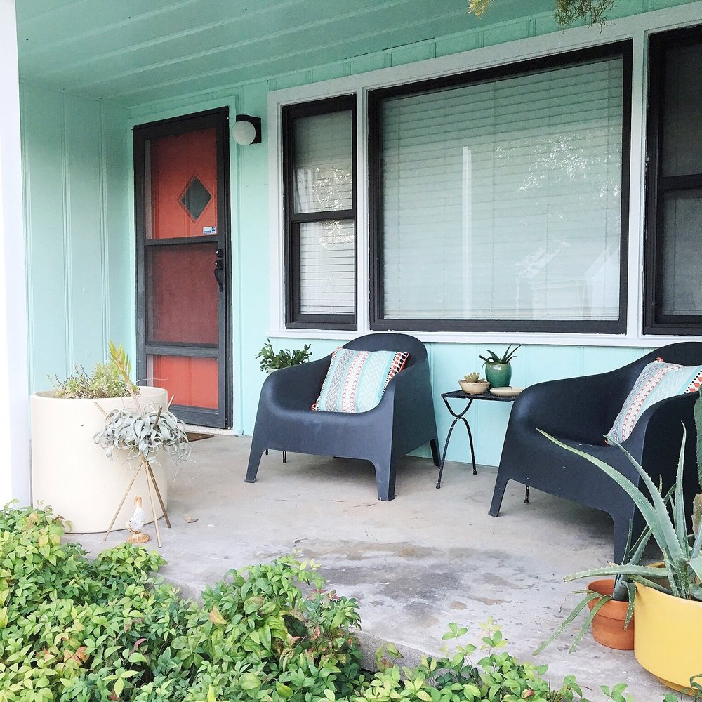 Apartment Therapy - Before & After: This Exterior Makeover Will Make You Turn (Sea-Foam) Green With Envy