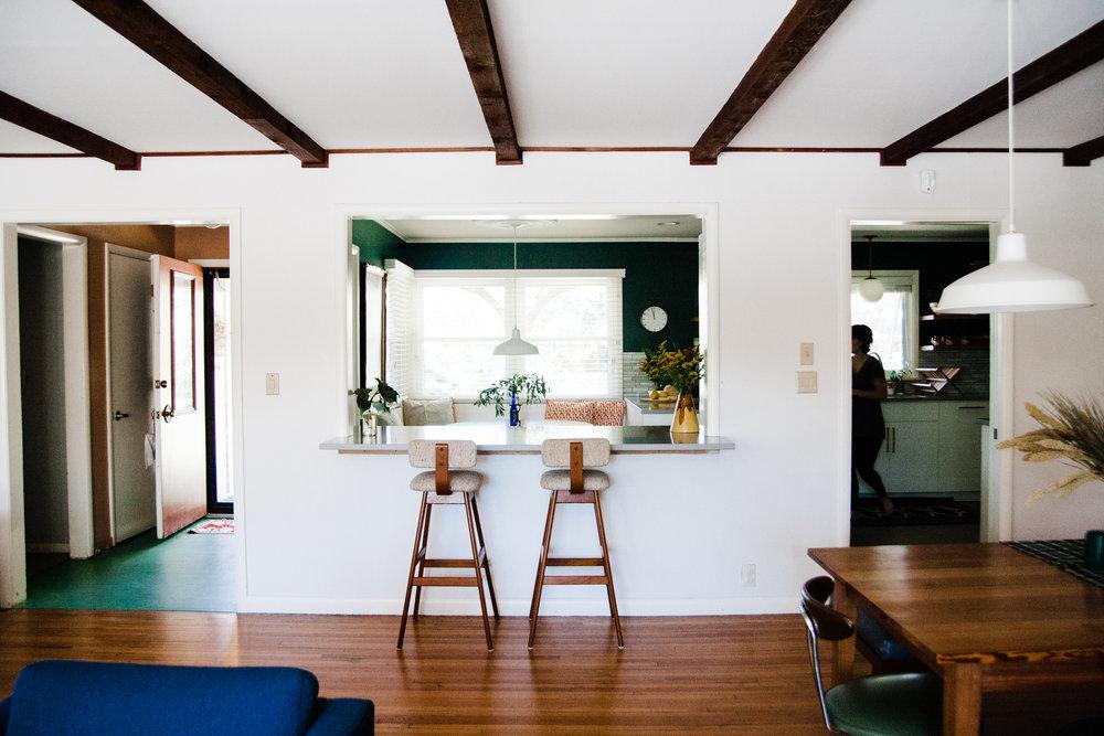 modern ranch house kitchen