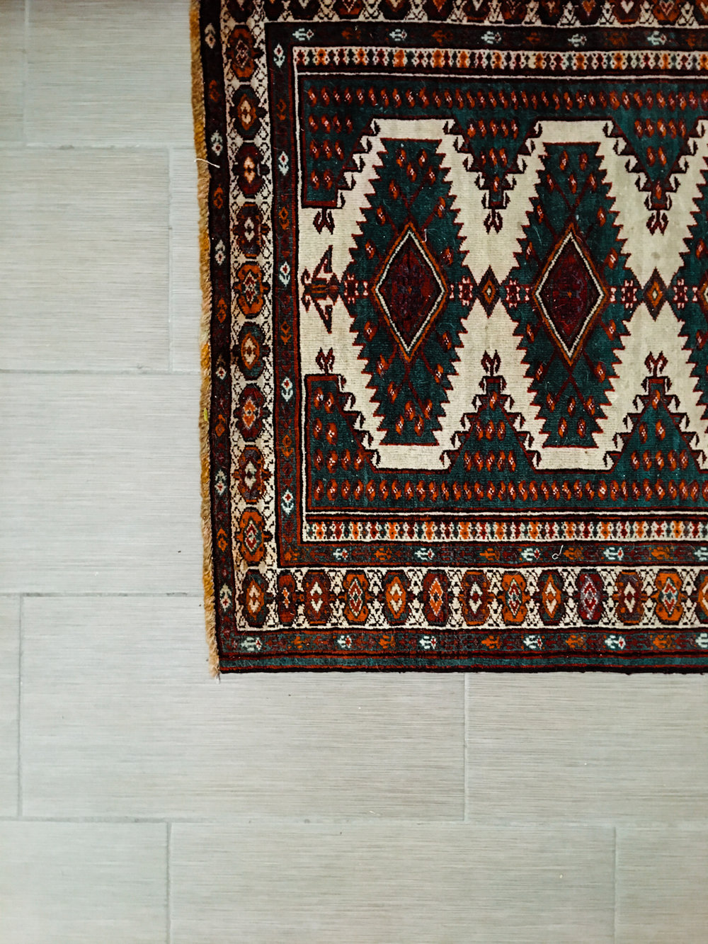 The gorgeous vintage rug was sourced by Gretchen of  KY Rose Designs . Gretchen has such a beautiful, curated collection of vintage rugs.