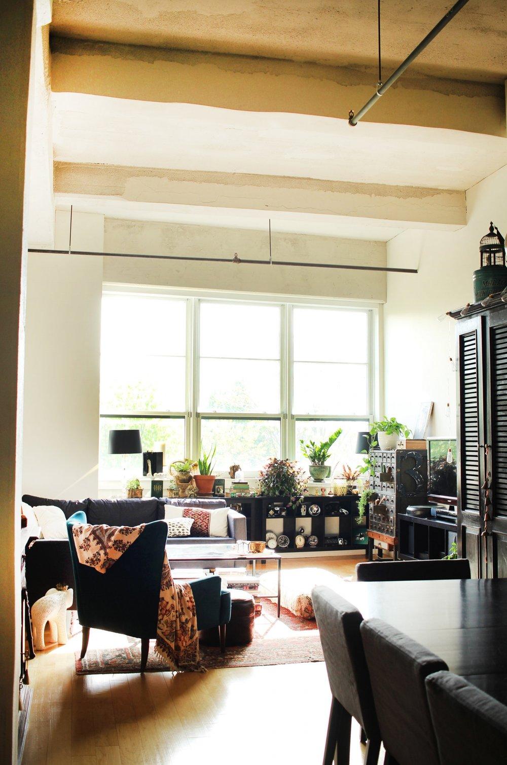 Karen Grant's living room.