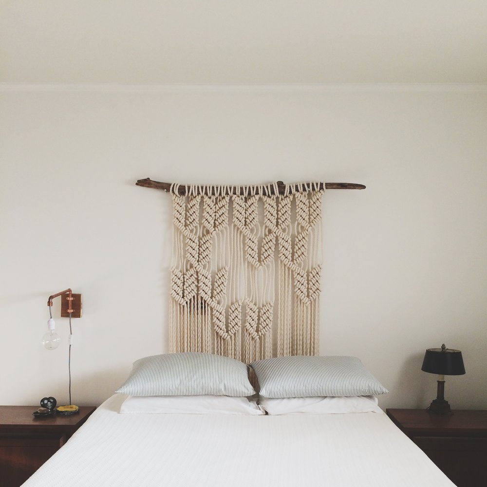 macrame-headboard-bedroom