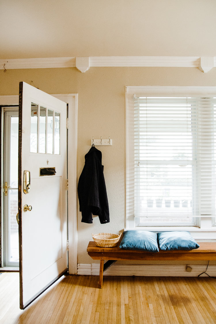 Before & After: A Craftsman Bungalow Gets Organized & Curated ...