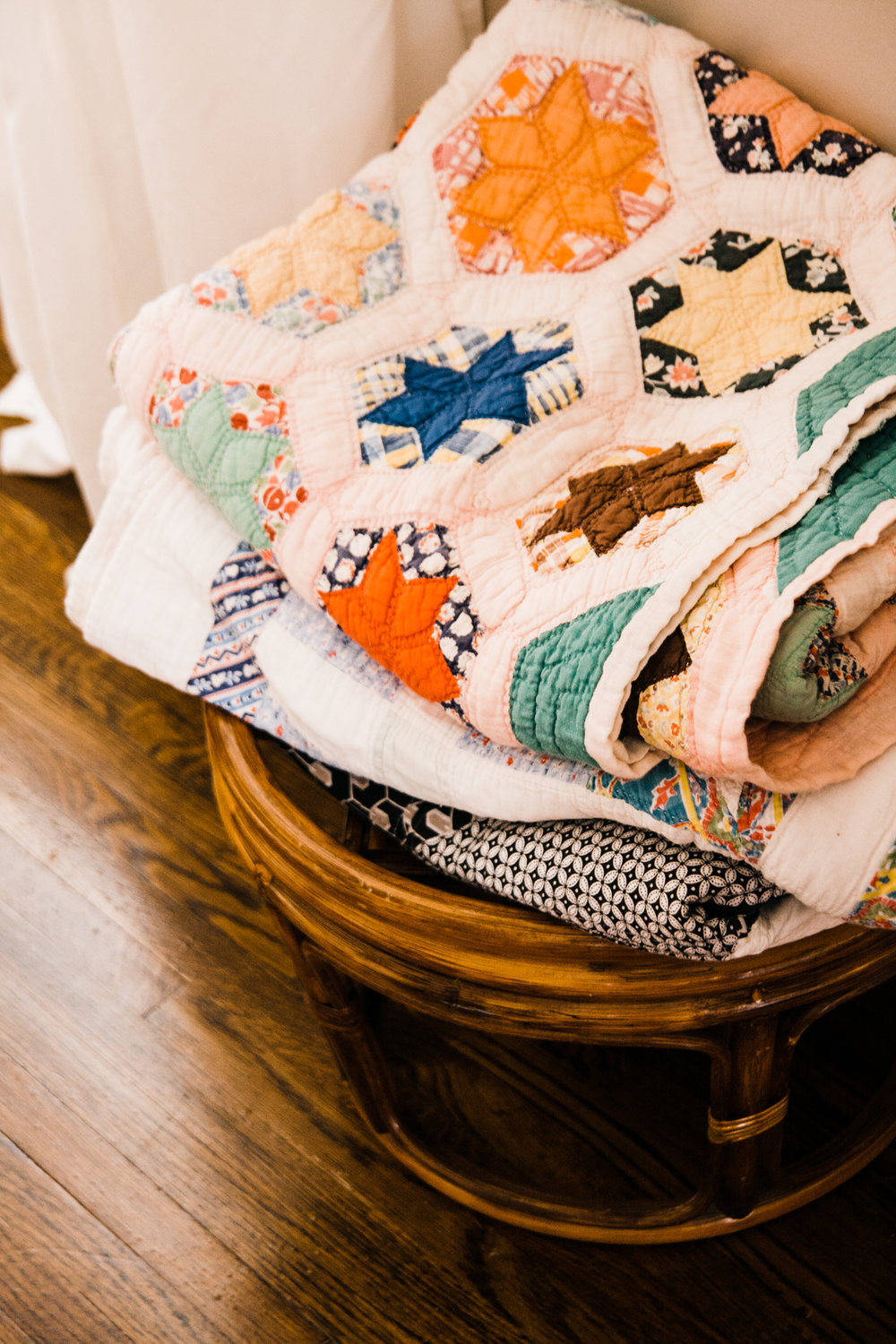 Rachel has a colorful vintage quilt collection that Daly may have drooled all over.