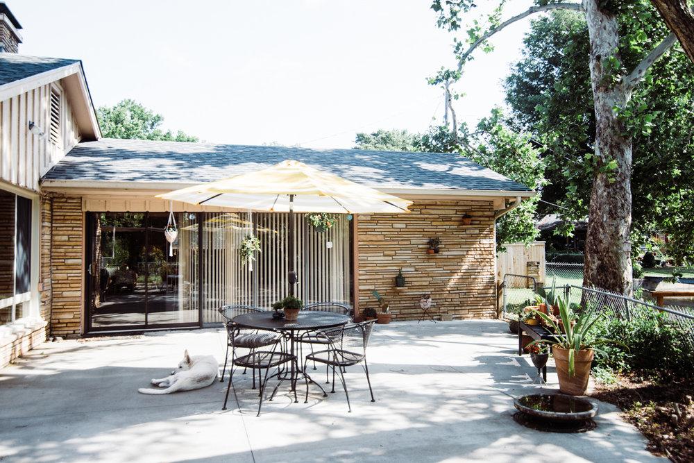 modern-eclectic-patio.jpg