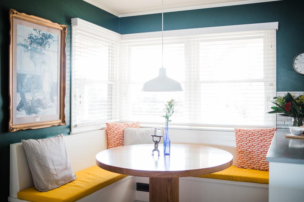 modern-kitchen-banquette.jpg