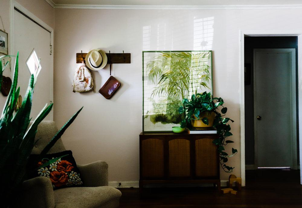 bungalow-entryway-no-television-WEB-4.jpg