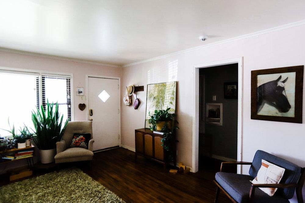 bungalow-entryway-no-television-WEB-11.jpg