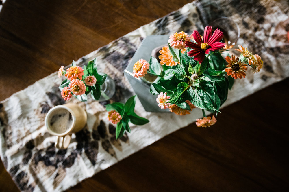 Have you taken a House Sparrow hand-crafting class? She has a lot coming up soon...check them out  here . This is an eco-printing table runner Daly made in a House Sparrow class. It makes Daly feel real fancy, real earthy and real crafty.