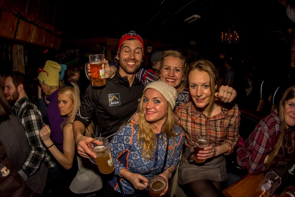Heidi's Party 06-08 20-14-39 1870.jpg