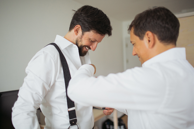 braeutigam-vorbereitung-gettingready-bestman.jpg