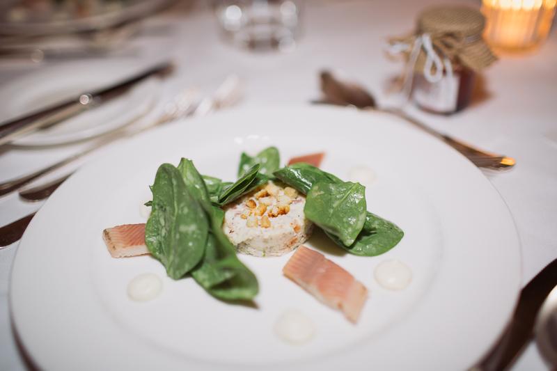 hochzeitsessen-dinner-weddingcourse-waldhaus.jpg