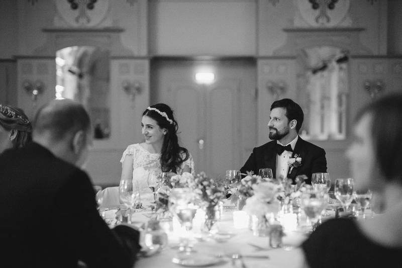 hochzeitspaar-abend-vater-reden-weddings.jpg