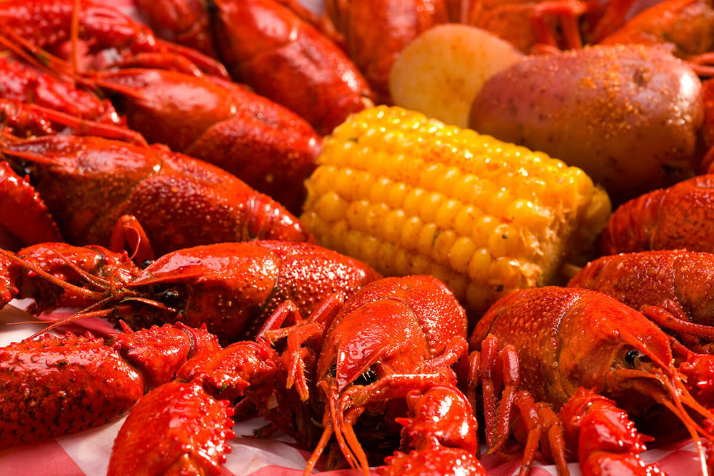 razzoos authentic crawfish boil