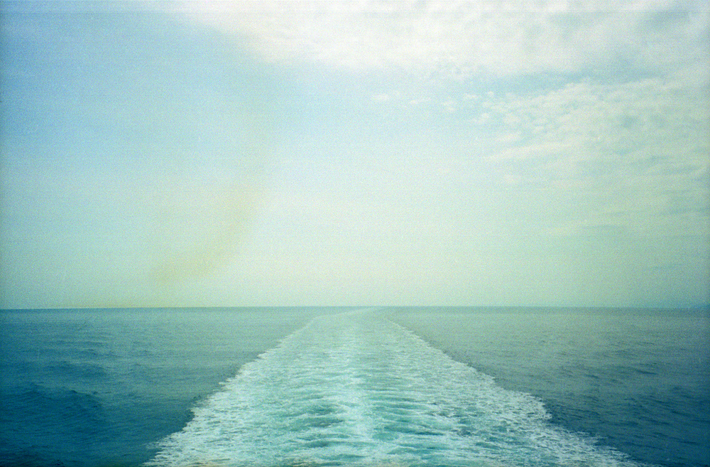 ferry_wake.jpg