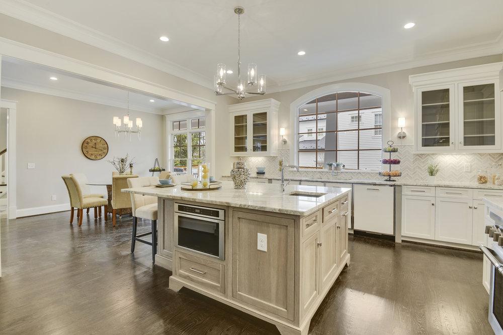 Main Level-Kitchen-_DSC9735.JPG