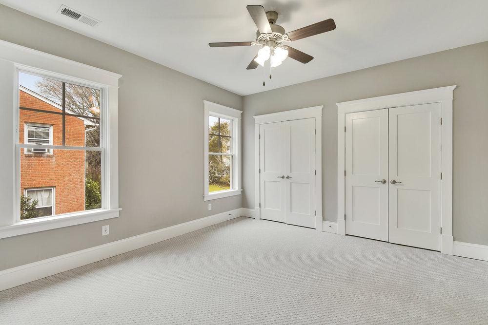 Upper Level-Bedroom-_DSC9420.JPG