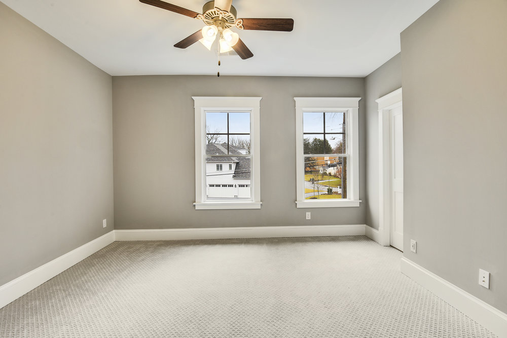Upper Level-Bedroom-_DSC9450.JPG