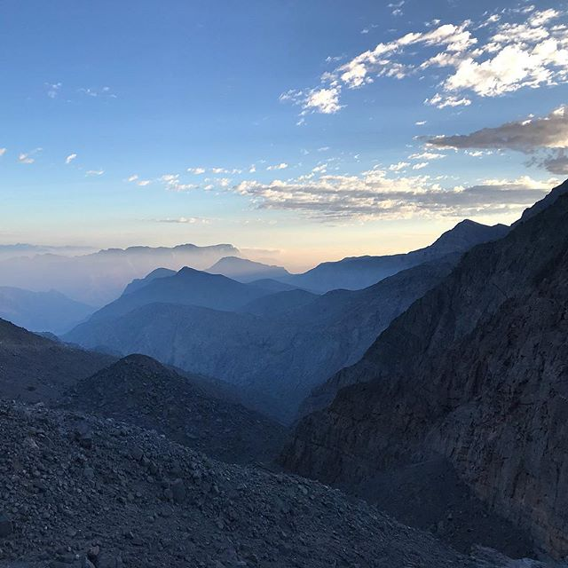 This morning, on our way up to the As Sayh plateau #Musandam #Oman #mountains #birding #landscape #Arabia