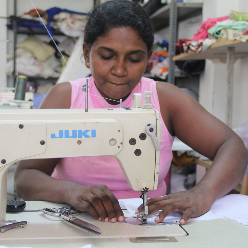 The programme aims to train and educate local women in textile skills and techniques. There is the opportunity for volunteers to design, develop and create new product lines for our partner, Manacare.