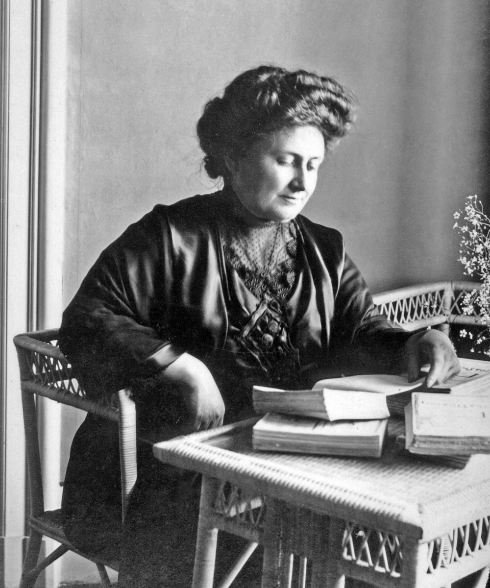 A photo of Maria Montessori from 1913.