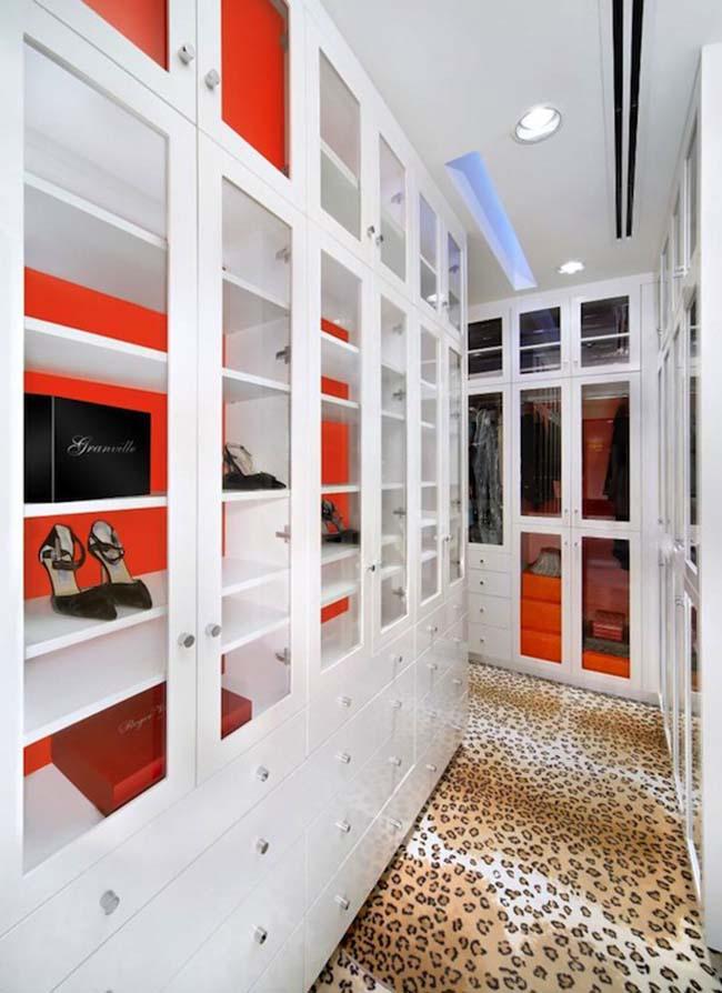 Leopard - Closet