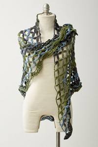 Lattice-Lace-Shawl-Over-Shoulder-200x300.jpg