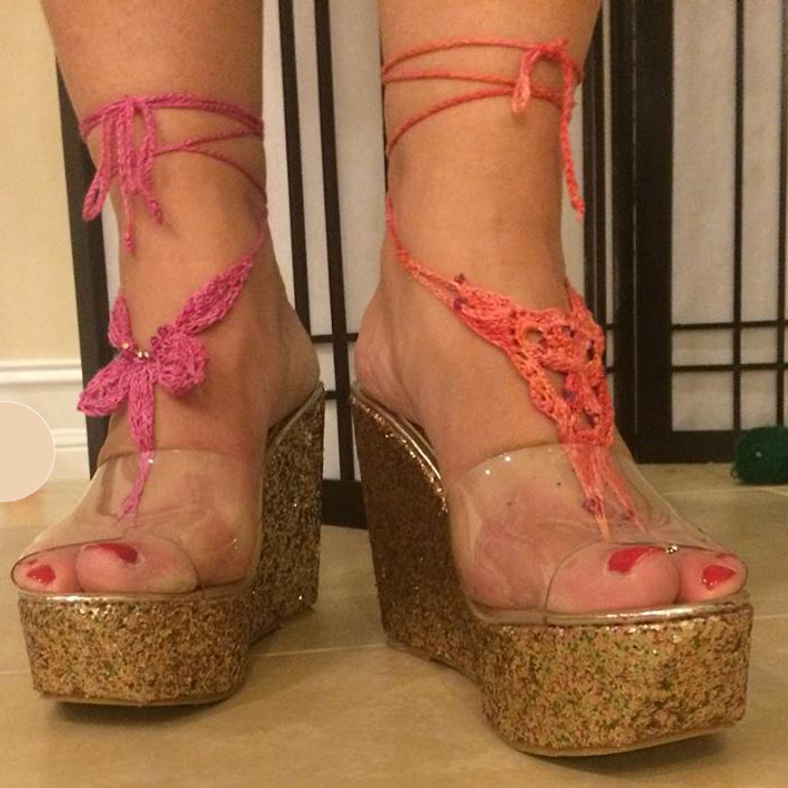 New Pattern & Video: KNIT Barefoot Sandals   Kristin Omdahl