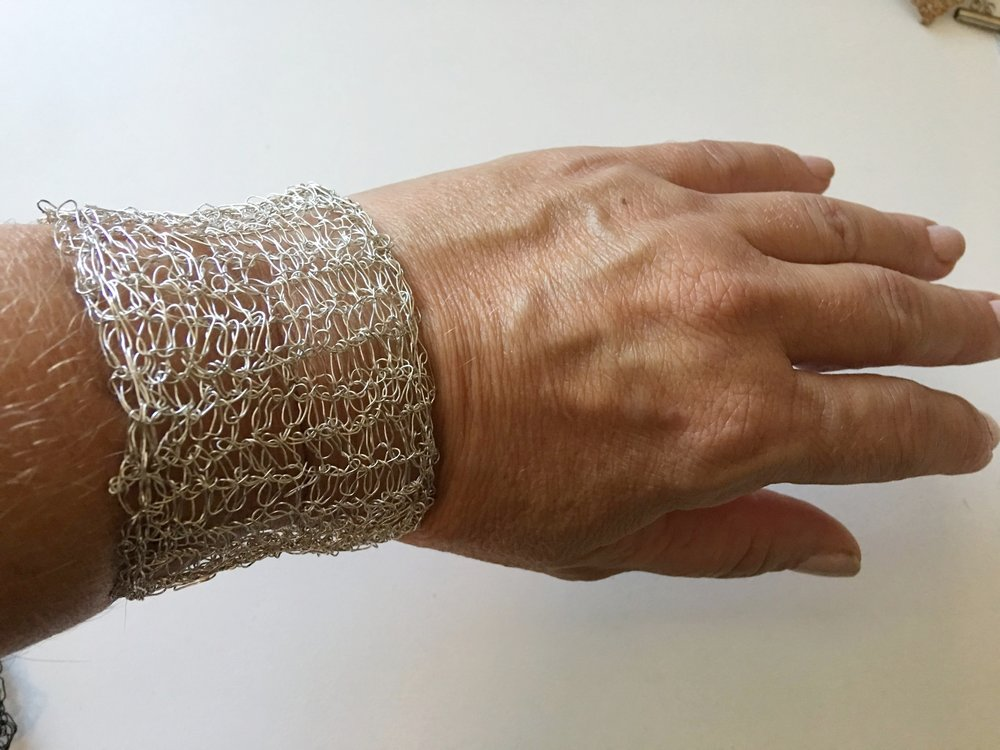 Single Crochet Wire Cuff Bracelet Free Pattern Kristin Omdahl