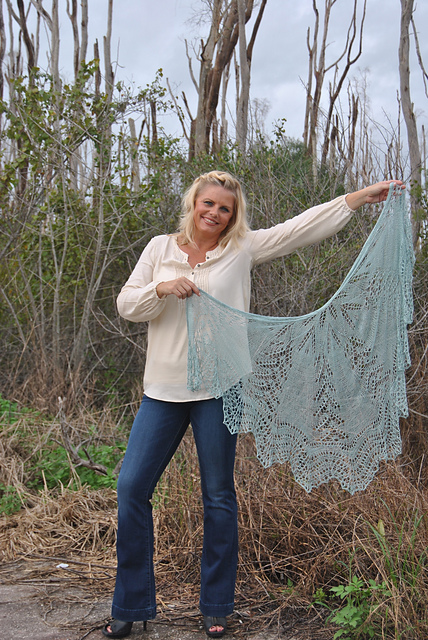 Click here for Be So Fine Yarn Misty Memories Knit Lace Shawl FREE Pattern