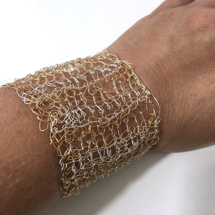 2 Color Tunisian Double Crochet Wire Cuff Bracelet Free Pattern