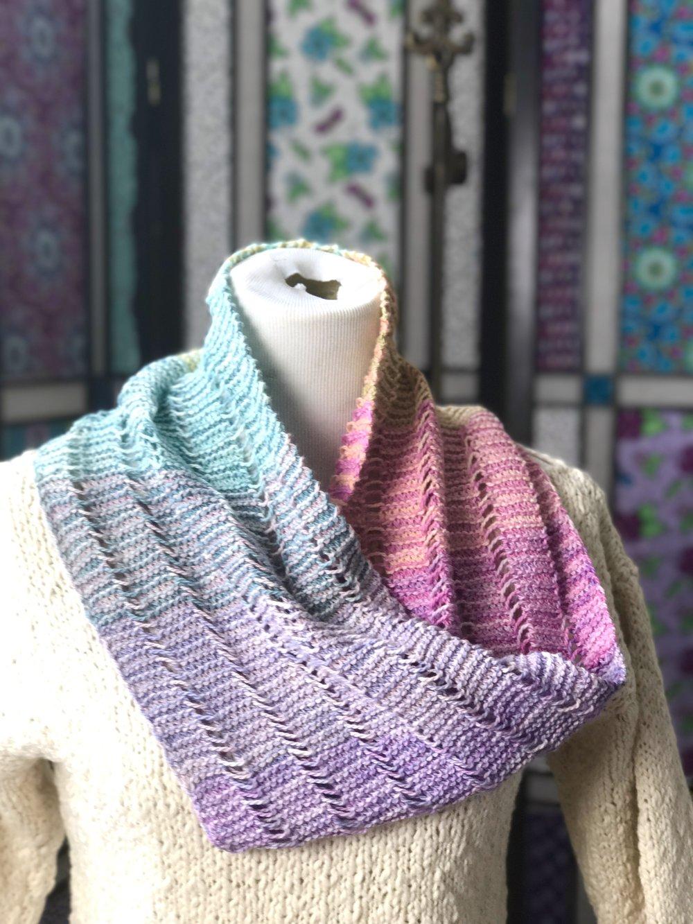 Serene Sampler Mobius Cowl FREE Knitting Pattern — Kristin Omdahl
